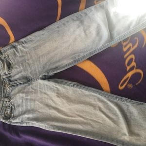 American Eagle Mom Jeans Size 4
